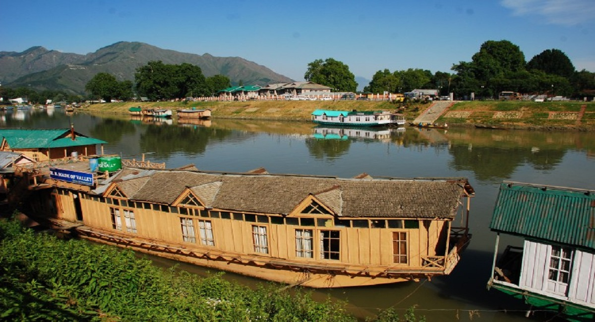Srinagar Tour Package - 05 Days / 04 Nights